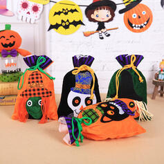 Lovely Horrifying Cartoon Halloween Skeleton Cloth Candy Bags