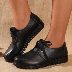 Femmes Vrai cuir Talon plat Chaussures plates Low Top bout rond Flâneurs avec Dentelle Couleur unie chaussures