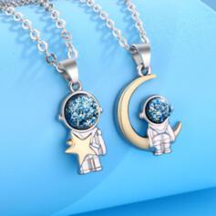 Charming Delicate Alloy With Metal Chain Décor Women's Men's Necklaces