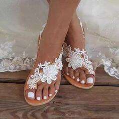 Femmes PU Talon plat Sandales Chaussures plates Anneau d'orteil avec Motif appliqué Une fleur Couleur unie chaussures