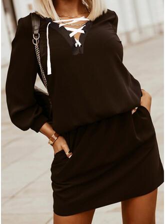 Couleur Unie Manches Longues lanterne manche Fourreau Au-dessus Du Genou Petites Robes Noires/Décontractée Robes