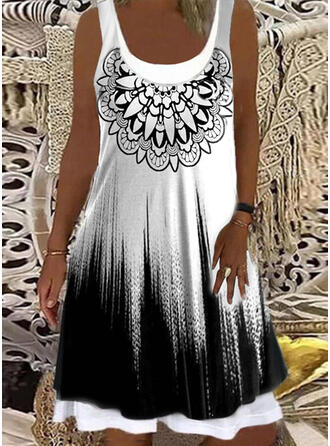 Print/Gradient Sleeveless Shift Knee Length Casual Tank Dresses