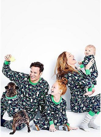 Imprimé Tenue Familiale Assortie Pyjama De Noël