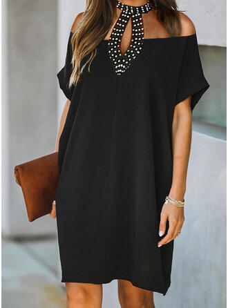 Solid/Beaded Short Sleeves Shift Knee Length Little Black/Elegant Dresses