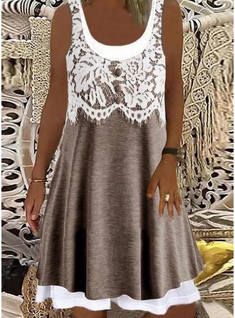 Sleeveless Shift Knee Length Casual Dresses