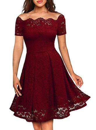 Lace/Solid Short Sleeves A-line Knee Length Little Black/Party/Elegant Skater Dresses